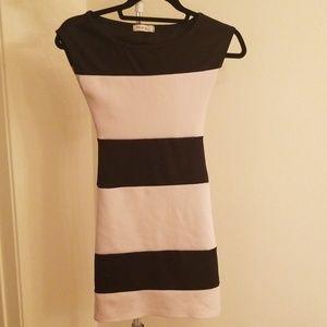 Black and white bodycon dress